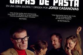 UN HOMBRE CON GAFAS DE PASTA, Teatro Lara