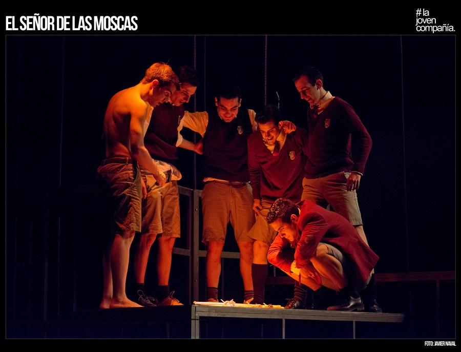 EL SEÑOR DE LAS MOSCAS de La Joven Compañía en el Teatro Conde Duque.