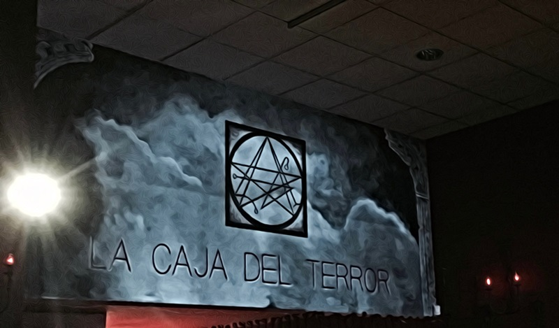 LA CAJA DEL TERROR