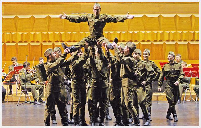 EJÉRCITO RUSO DE SAN PETERSBURGO en el Teatro Lope de Vega