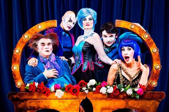 THE OPERA LOCOS en los Teatros del Canal