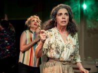 UN PERAL ENTRA POR LA VENTANA en el Teatro Lara